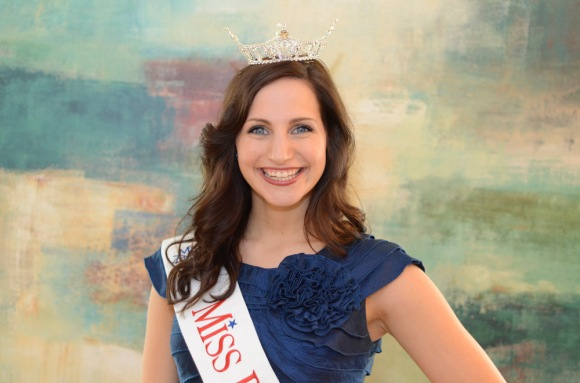 Lauren Bilski, the newly crowned Miss Philadelphia, is the first Drexel University student to win the pageant in over 90 years. ( Philadelphia Inquirer, April 2, 2012 )